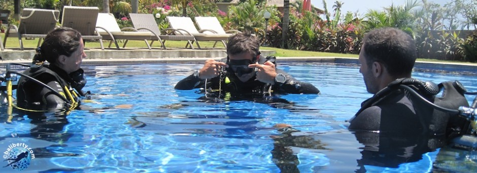 baptême de plongée à Bali